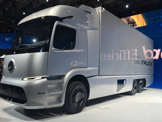 Lkw mit alternativem Antrieb: Studie eines Elektro-Lkw von Daimler