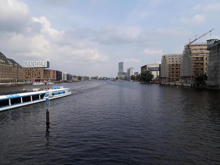 Wasserstraßen für die City-Logistik